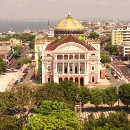 Praça de São Sebastião e Teatro Amazonas