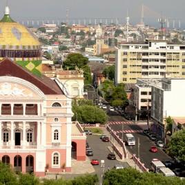Teatro Amazonas com Ponte rio Negro