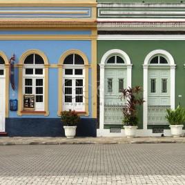 Casario antigo na Praça de São Sebastião