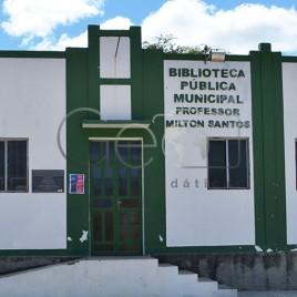 Biblioteca Municipal Professor Milton Santos