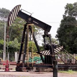 Extração de petróleo – Entre Rios, BA
