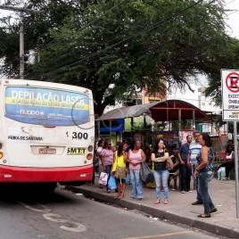 Ponto de Ônibus – Feira de Santana, BA