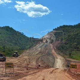 Estrada em construção – Minuaçu (GO)
