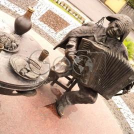 Escultura em bronze de Gonzagão