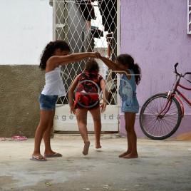 Crianças brincando – Brejo do Cruz, PB