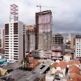 Prédios em construção – Curitiba, PR