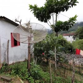 Casa e Antena Parabólica, Eldorado, SP