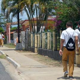 Estudantes Cubanos