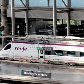 Trem na Estação Atocha – Madrid (Espanha)