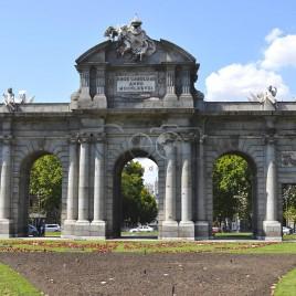 Puerta de Alcalá – Madrid, Espanha