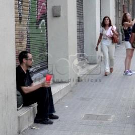 Homem pedinte na rua – Barcelona