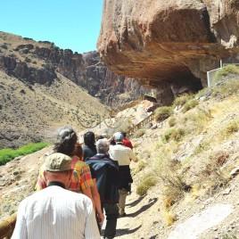 Turistas – Cueva de Las Manos