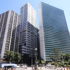 Prédios Modernos no Largo da Carioca