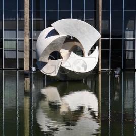 Escultura Meteoro, de Bruno Giorgi
