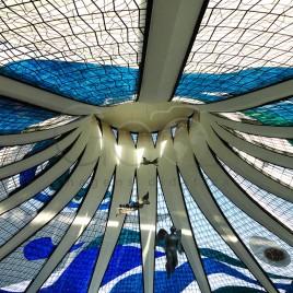 Catedral Metropolitana por dentro – Brasília
