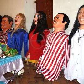 Bonecos de Olinda