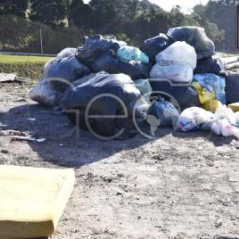 Lixo em Local Proibido – Mairiporã (SP)