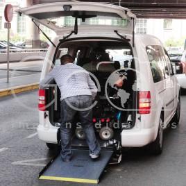 Veículo adaptado para Cadeirante – Madrid