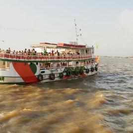 Embarcação com Turistas – Belém (PA)