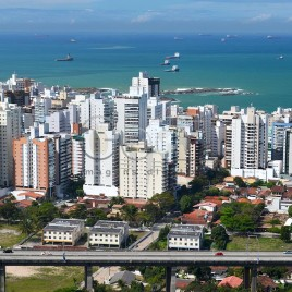 Prédios em Vila Velha (ES)