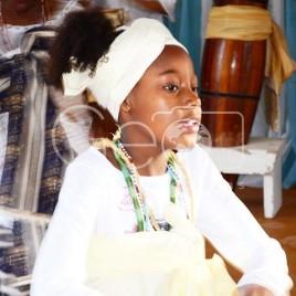 Criança Candomblecista durante Cerimônia (SP)