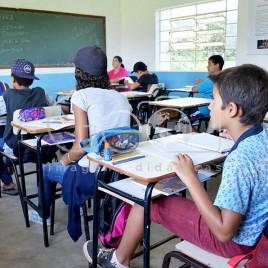 Alunos em escola MST- Campo do Meio (MG)