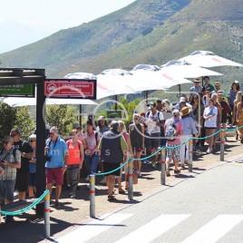 Fila de turistas em Cidade do Cabo