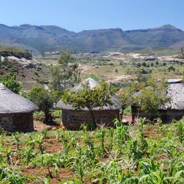 Casas típicas em Berea, Lesoto